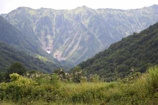 16.08.18荒沢岳1969m.JPG
