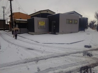 16.12.15初雪.JPG