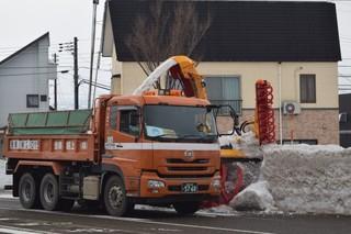 17.01.20除雪中.JPG