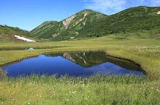 18.08.06火打山の水鏡.jpg