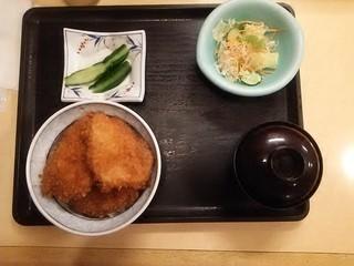 19.06.28垂れかつ丼.JPG